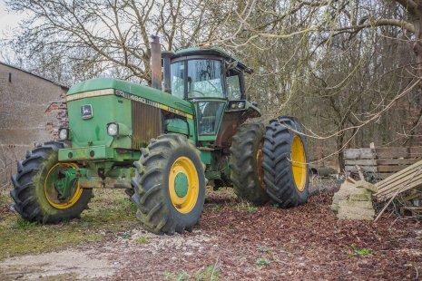 Старый американский трактор