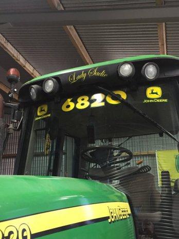 Кабина трактора 6820